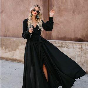 VICI - Long Sleeve Diana Maxi Dress (Black)